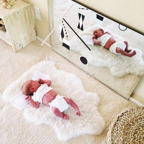 Juega con tu beb frente al espejo mam y maestra for Espejo montessori
